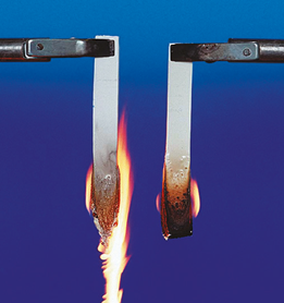 Nylon Compound Flammability without Byk-Max CT 4260 (L) and with a 5% Addition (R)